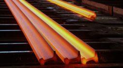 Из какого металла сделаны рельсы